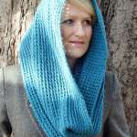 Chunky Teal Cowl by HanJan Crochet Hannah Cross crochet pattern
