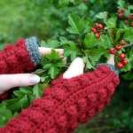 Fingerless Bobble Mitts by HanJan Crochet Hannah Cross crochet pattern