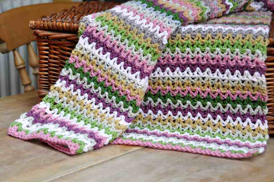 free V stitch crochet blanket pattern