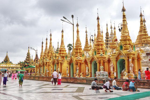 3 1024x683 - The Golden Pagoda - S H W E D A G O N Pagoda, Myanmar