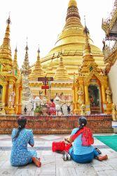 The Golden Pagoda – S H W E D A G O N Pagoda, Myanmar