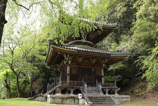 202104春の奈良一人旅。吉野の如意輪寺の多宝塔