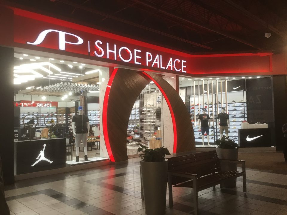 SHOE PALACE-Las Vegas South Premium Outlets
