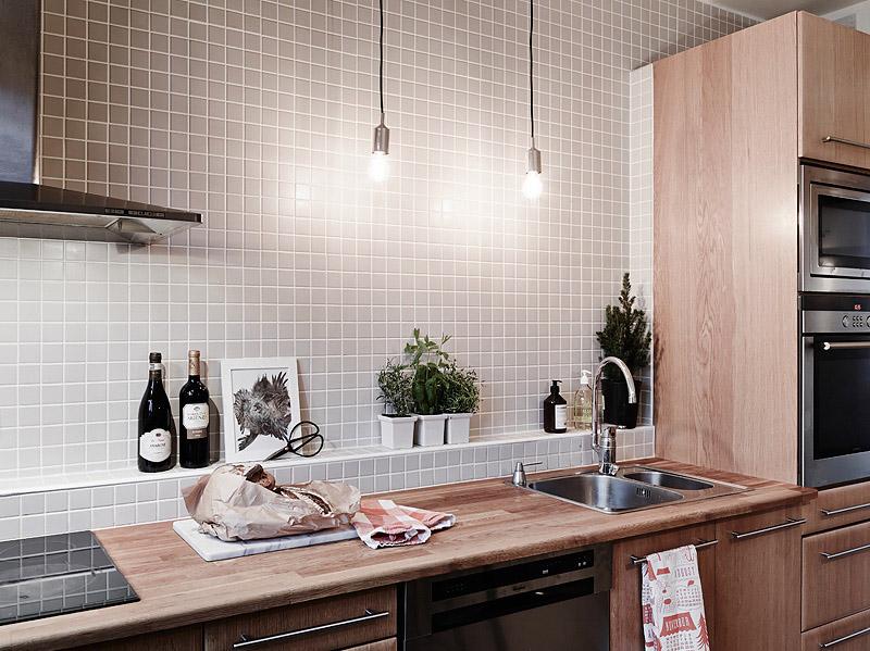 warm-lighted-scandinavian-apartment-4