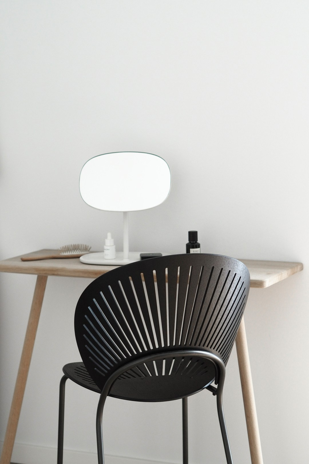 Trinidad chair , Scandinavian minimalist dressing room