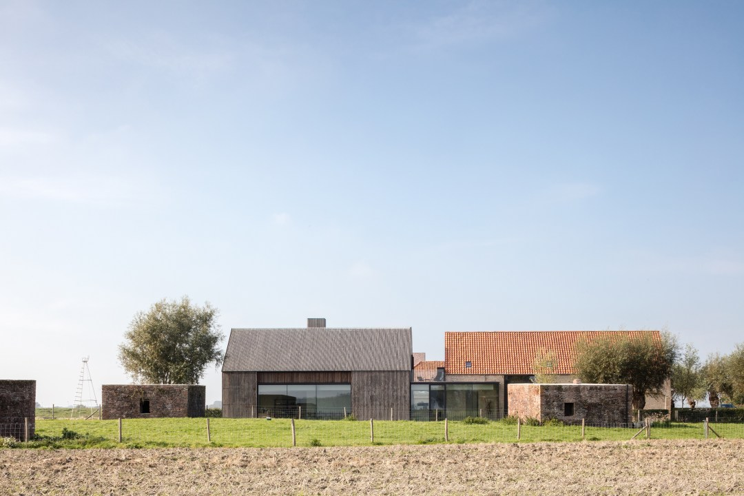 The Bunkers, a minimalist b+b in Belgium (packed with Scandinavian design)