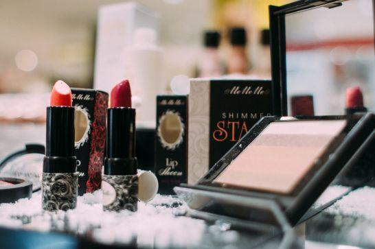 MeMeMe Cosmetics Christmas Makeup Look 2017 hxanou-8053