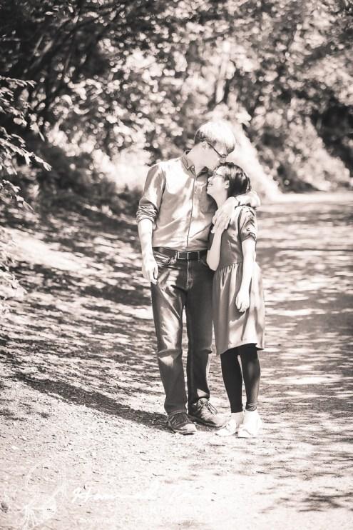 romantic couple photographs