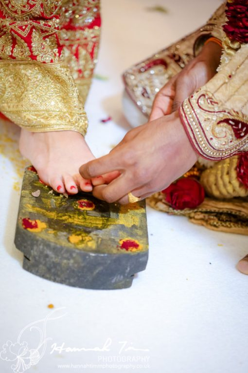 toe rings Hindu wedding photography