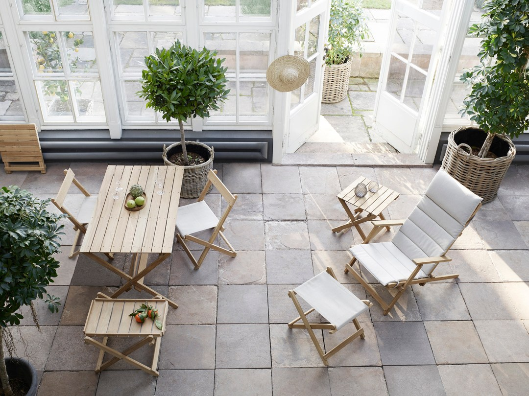 Carl Hansen & Søn's indoor/outdoor collection - with design classics