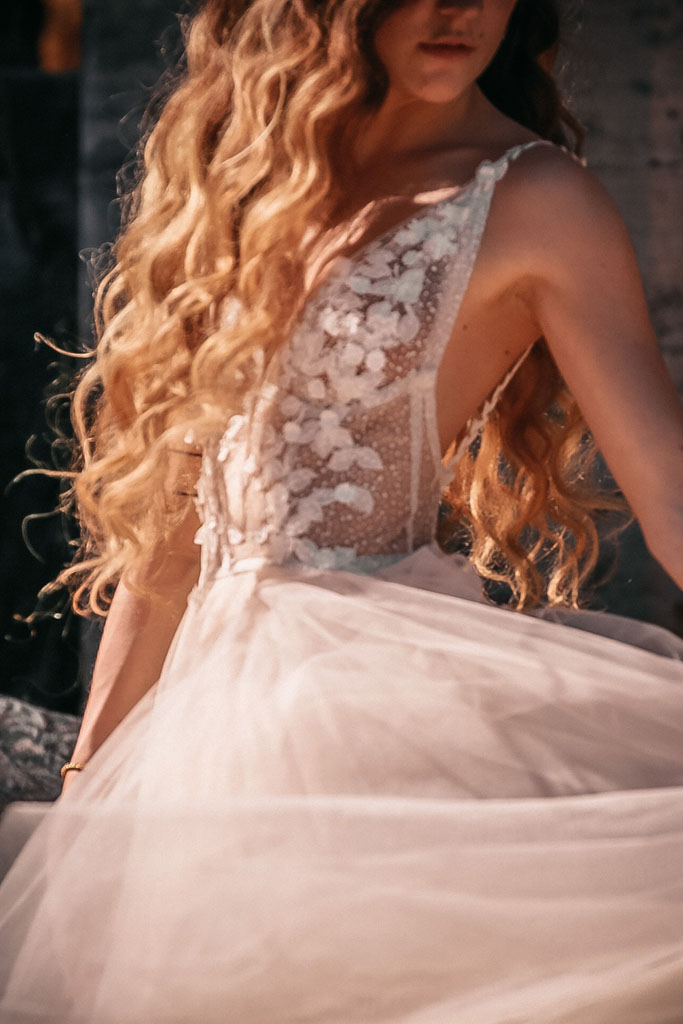 bohemian trouwjurk, bohemian bruidsjurk, nude trouwjurk, bohemian vintage trouwjurk, trouwjurk laten maken, unieke trouwjurk laten maken, hanneke peters couture, sasja van kessel