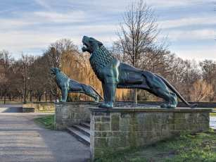 Löwenpaar an der Löwenbastion