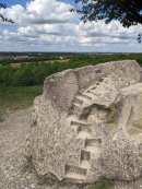 Steinkunst auf dem Kronsberg