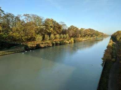 Blick von der Kanalbrücke