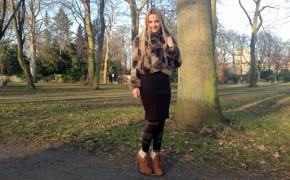 Falke Strumpfhose & Pretty Small Shoes Stiefeletten