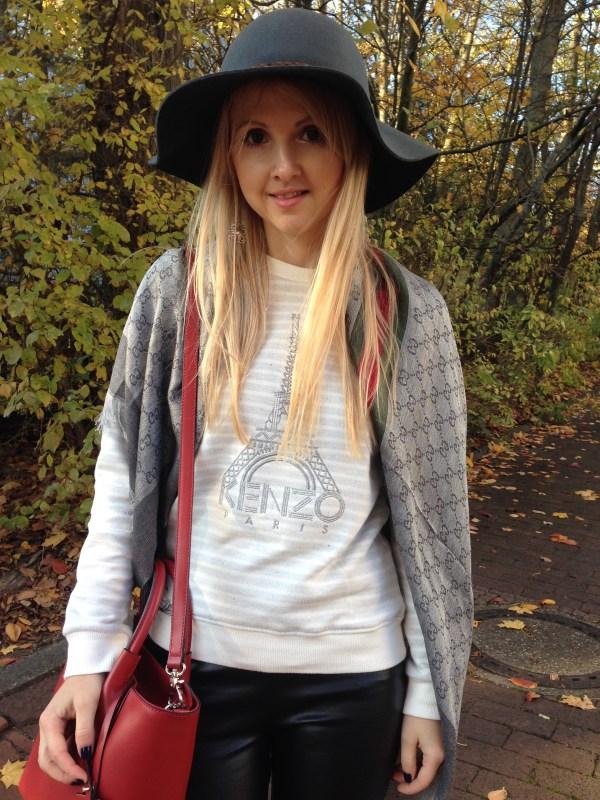 Coccinelle Tasche & Kenzo sweatshirt