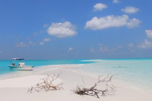 Maldives, Hanimadhoo, Sandbank