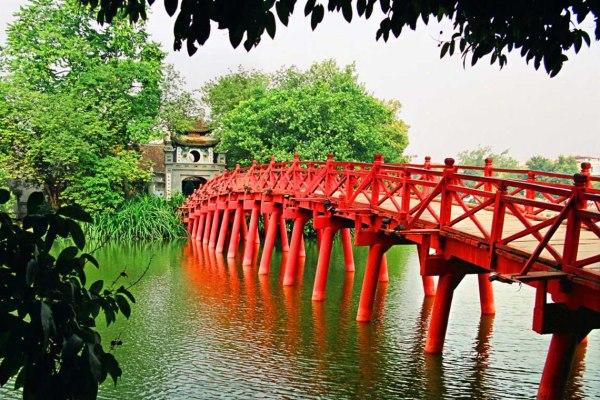 hanoi attractions - ngoc son temple