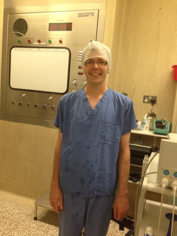 Chris in his scrubs - channeling McDreamy or Clooney?