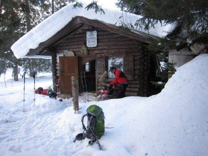 Holz hacken Winterraum