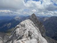 Abstieg über den Signalgipfel zum Jubigrat