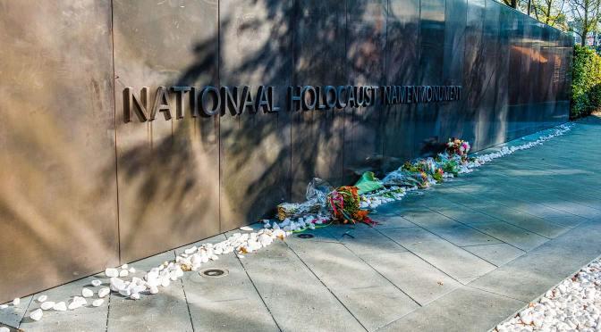 Een bezoek aan het Nationaal Holocaust Namenmonument