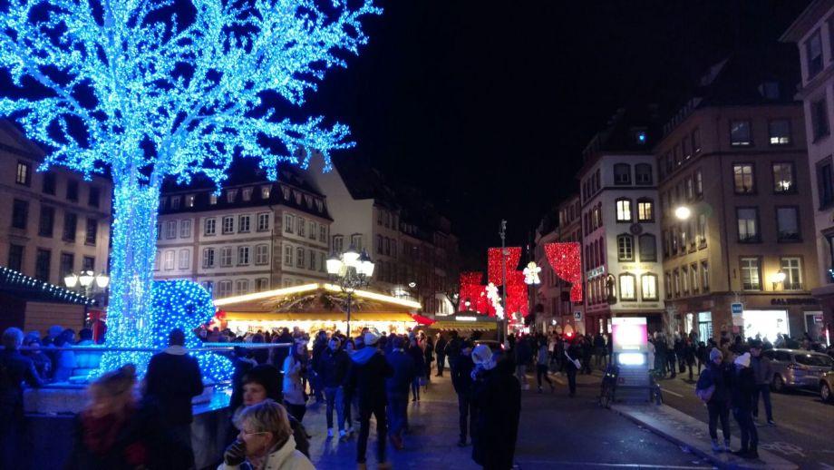 christmas-market-strasbourg-39-min