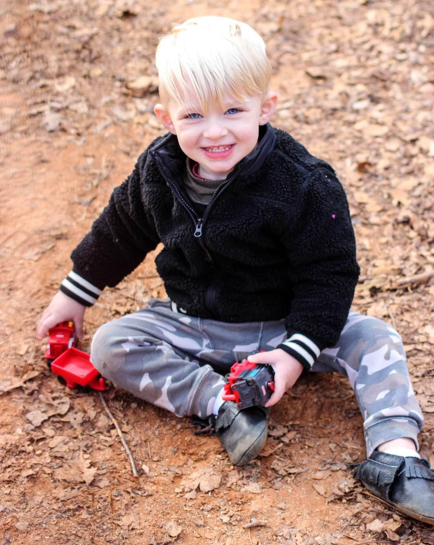 toddler boy photography