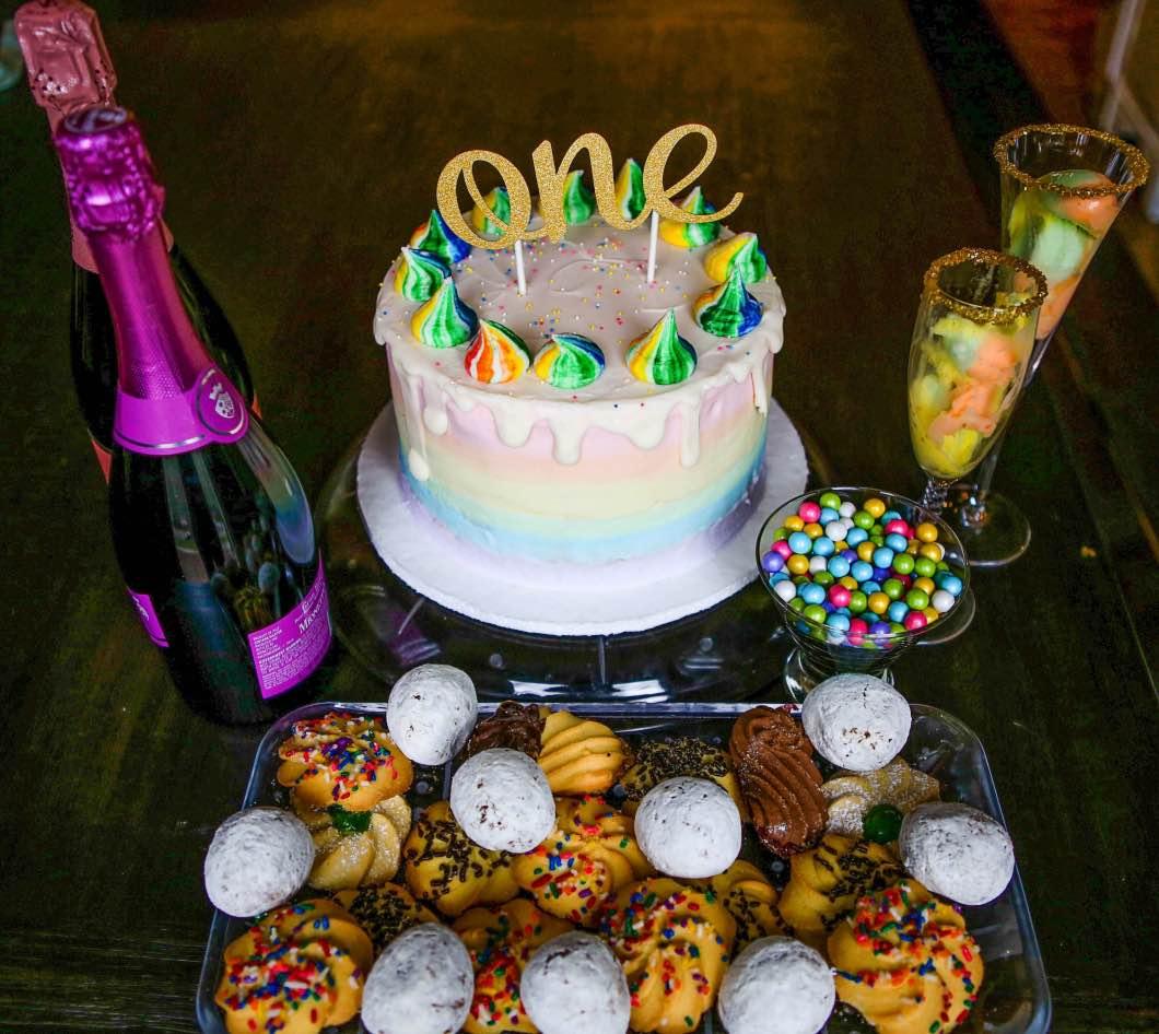 Birthday Unicorn Cake and Unicorn Mimosas