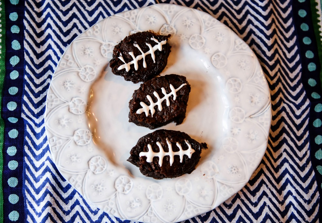 Football Brownies for Super Bowl - Football Brownies for the Super Bowl with fairlife Ultra-Filtered Milk by Atlanta style blogger Happily Hughes