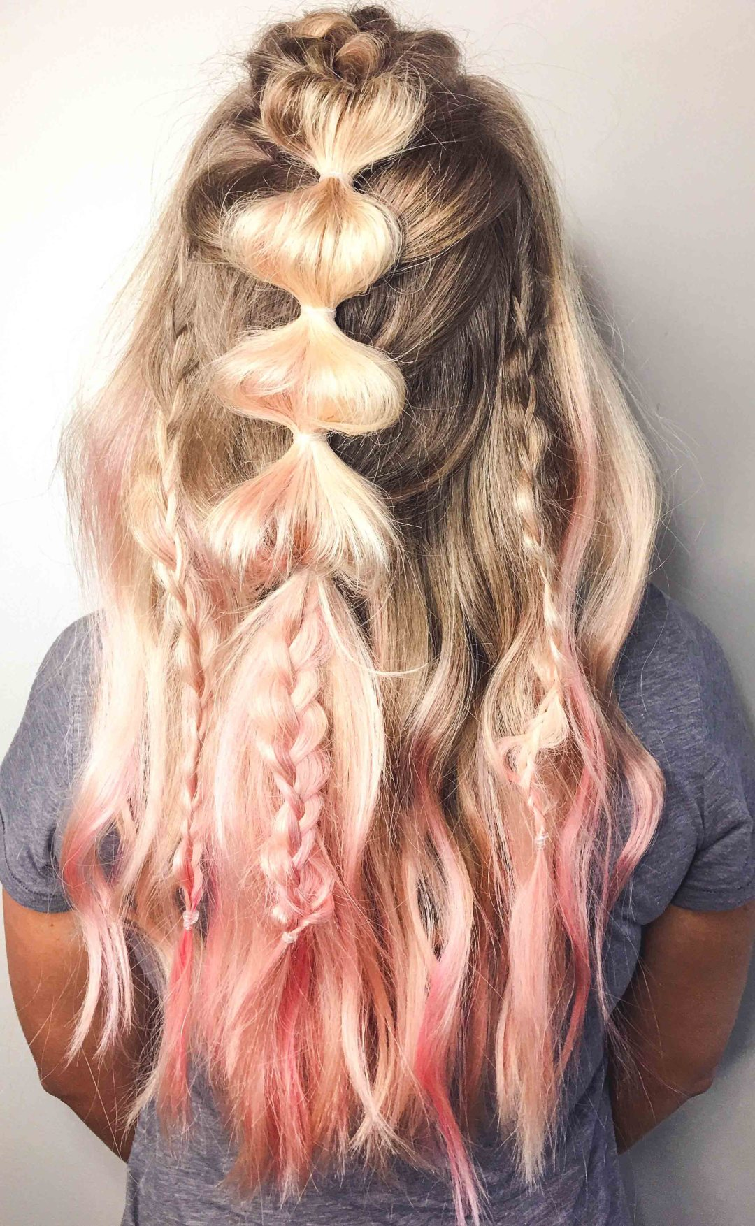 How-to: Unicorn Hairstyle by Atlanta blogger Jessica of Happily Hughes