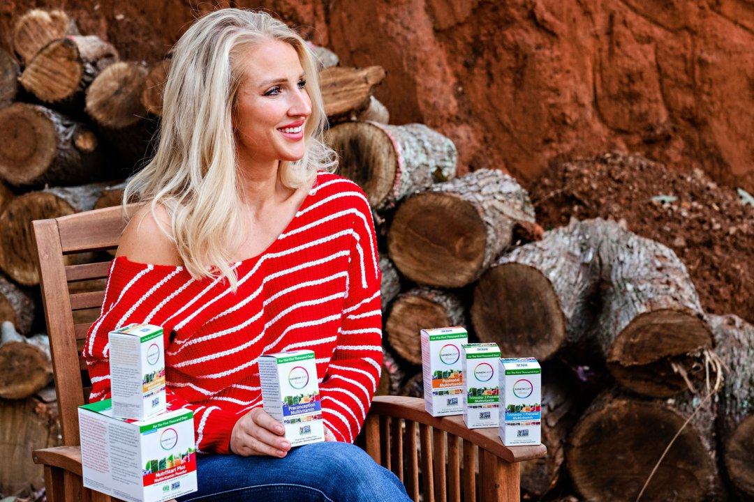 Looking for the perfect nutrition for natal care? Popular Atlanta Blogger Happily Hughes is sharing her go to nutrition for natal care. See it here!