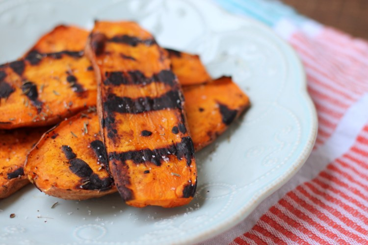 Grilled Sweet Potatoes (and a life update!) | read more at happilythehicks.com