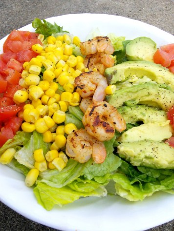 Chipotle Shrimp Salad | read more at happilythehicks.com