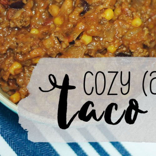 Cozy (and Healthy) Taco Soup | read more at happilythehicks.com