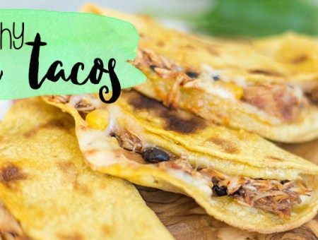 These baked & crunchy chicken tacos are so easy to throw together, and make DELICIOUS lunches.   read more at happilythehicks.com