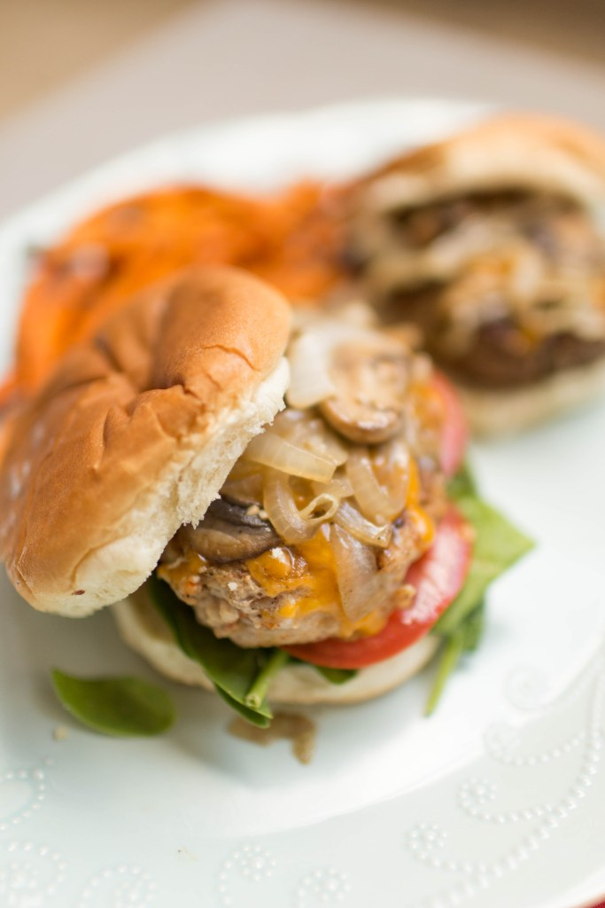 Want to learn how to make the best burger EVER? Check out these tips! | read more at happilythehicks.com