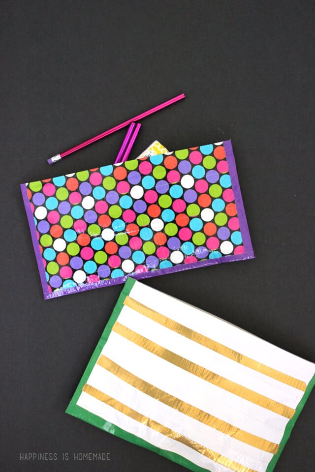 Quick and Easy No Sew Duck Tape Zipper Pouches