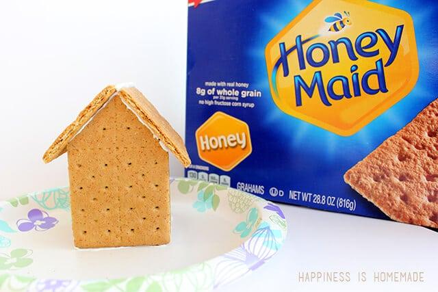 How to Make Honey Maid Graham Cracker Gingerbread Houses