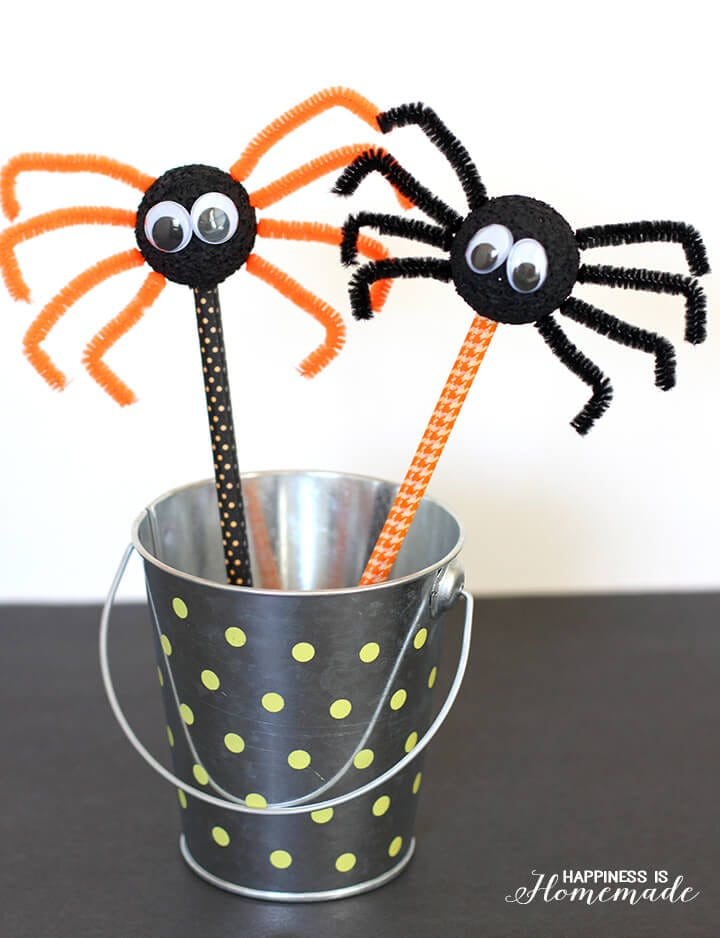 Halloween Kids Craft - Spider Pencils