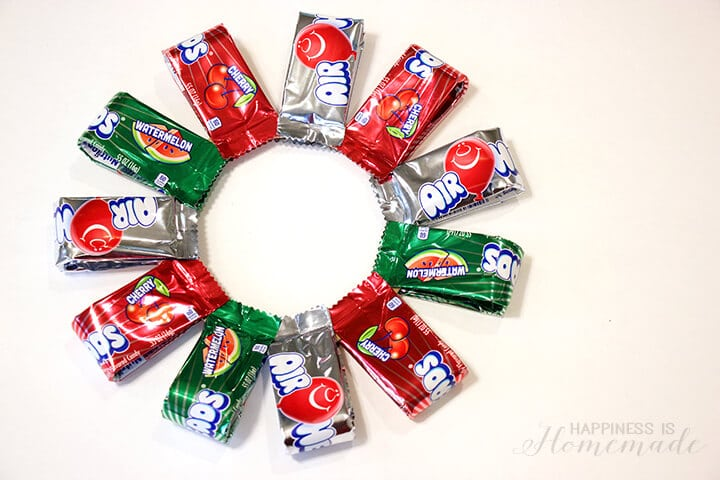 How to Make a DIY Airheads Candy Wreath