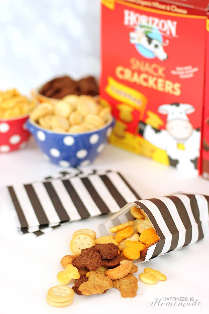 NYE Kids Activity - DIY Snack Mix Station with Horizon Organic Snacks