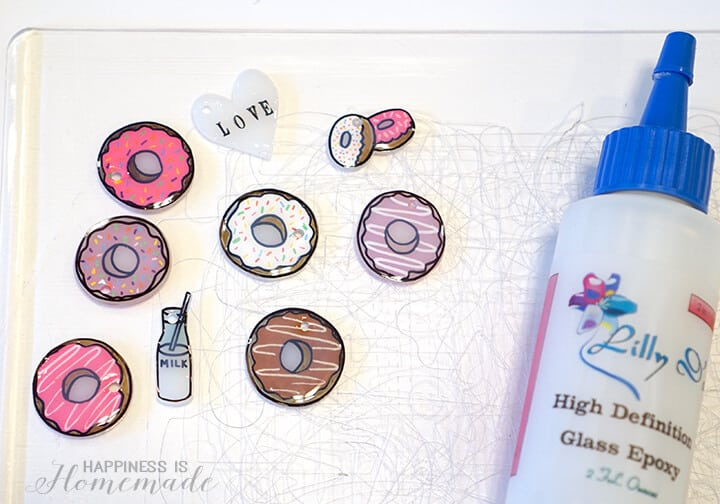 Sealing Shrinky Dink Charms with High Definition Glass Epoxy