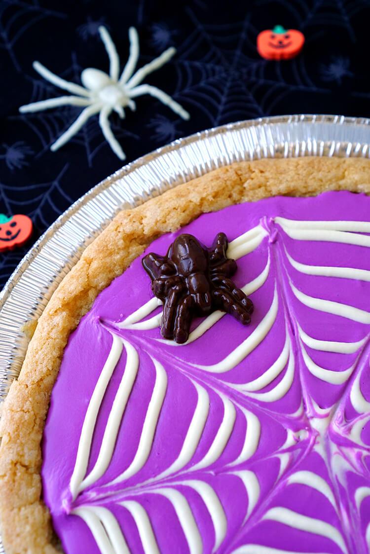 spiderweb-cookie-pizza