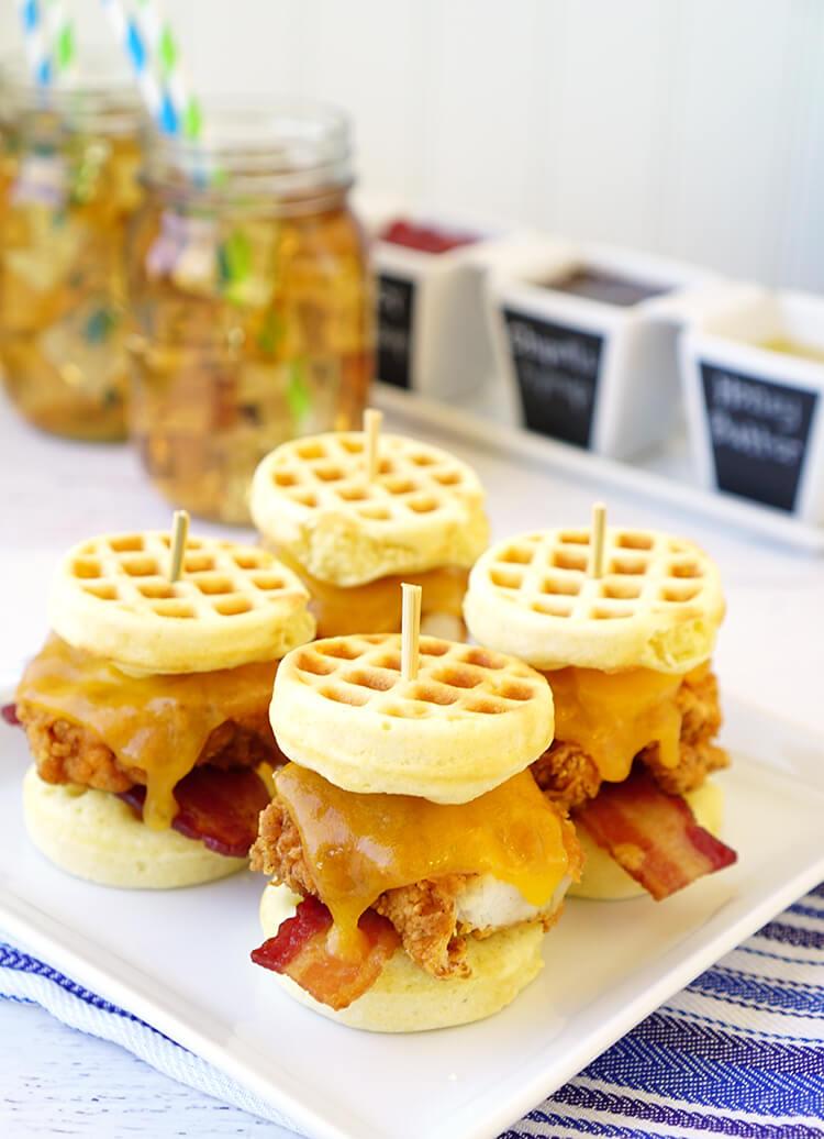 cornbread-waffles-and-chicken-sliders