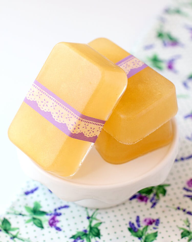 honey-lavender-soap-gift-idea