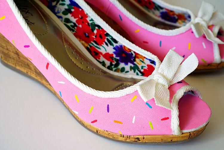 sprinkled-donut-shoes-toe-up-close