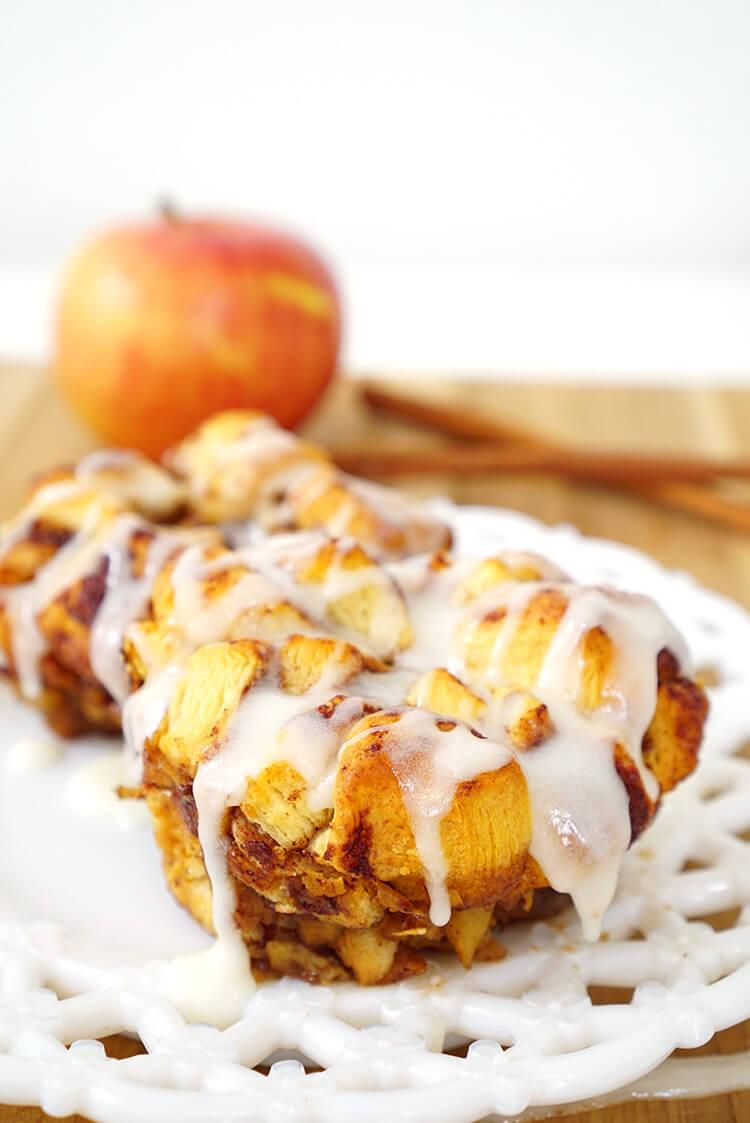 apple-cinnamon-personal-sized-monkey-bread