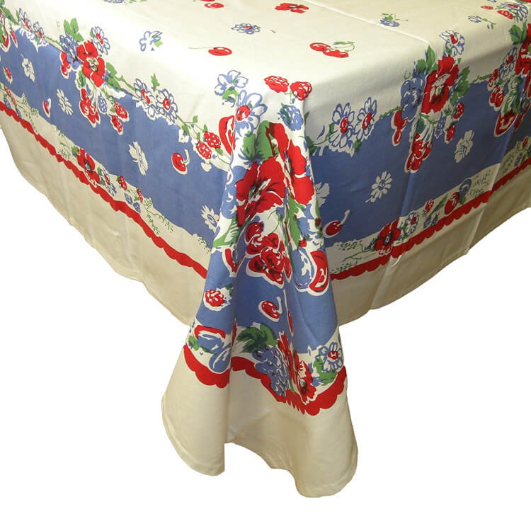 very-berry-tablecloth