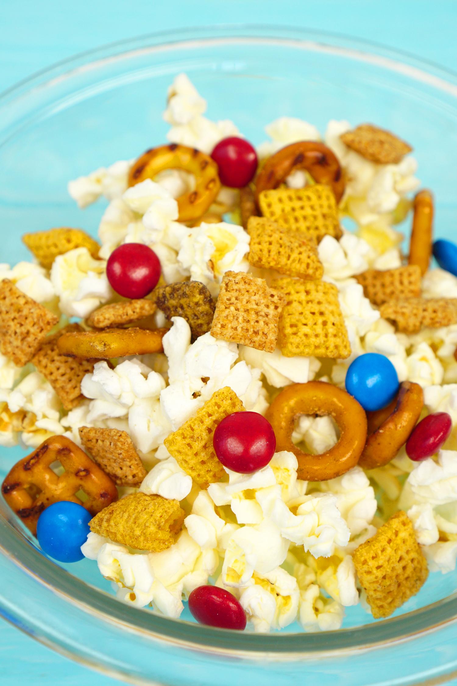 Sherlock Gnomes Snack Mix